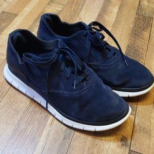 Vionic suede shoes size 8
